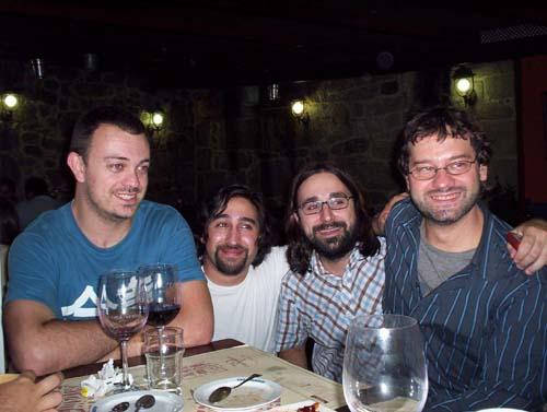 Alberto, Javi, Rafa, El Replicante
