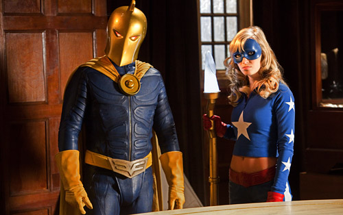 Dr. Fate y Stargirl. Spandex ON!