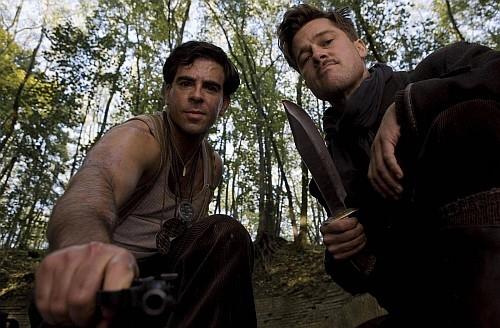 Brad Pitt y Eli Roth en Malditos Bastardos
