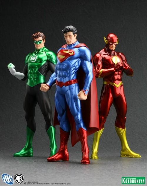 SUPERMAN-FLASH-GREENLANTERN-KOTOBUKIYA-NEW52