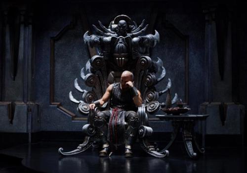 Riddick_Vin DIesel_trono