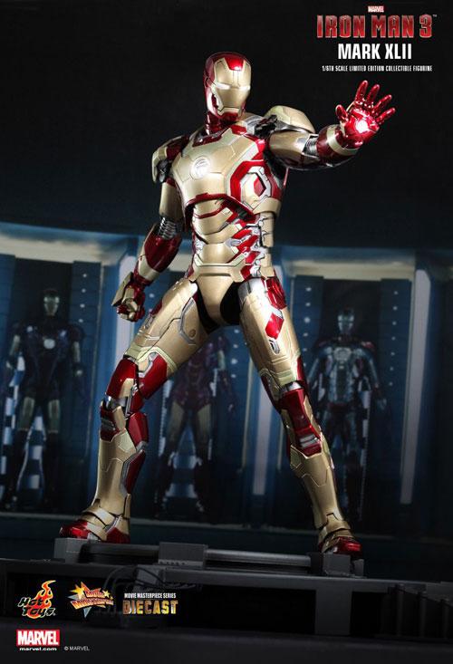 iron-man-markXLII-hot-toys