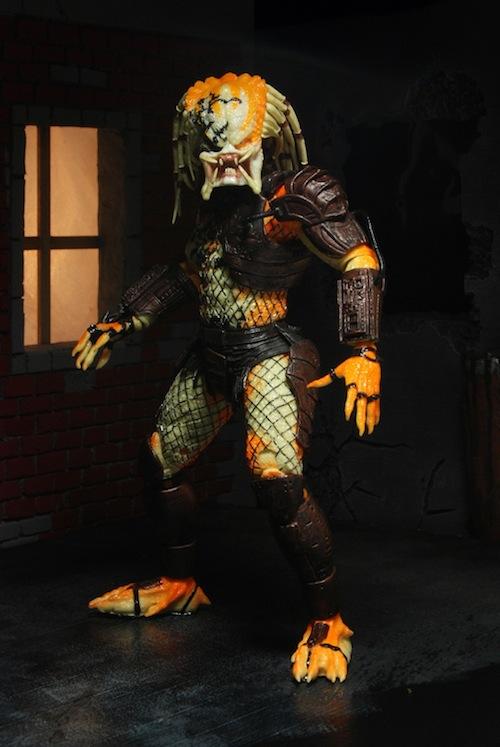 neca-predator-dead-end-sdcc-01