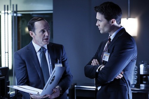 Marvel_Agents_shield_clark_gregg_joss_whedon_ABC_Brett Dalton
