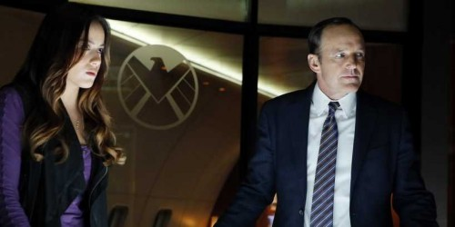 Marvel_Agents_shield_clark_gregg_joss_whedon_ABC_Chloe_Bennet