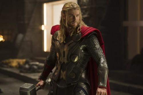 Nuevas imágenes de Thor: El Mundo Oscuro. Cuenta atrás para el 31 de octubre...
