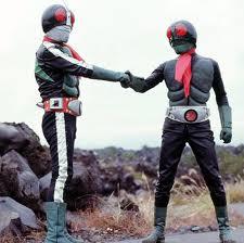 Kamen Rider Ichigo y Nigo juntos.