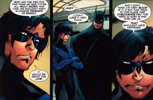 Nigthwing renuncia al equipo, dejando a Batman el timón