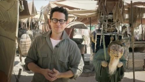 JJ Abrams y su curioso compañero