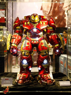 Hulk_Buster_Hot_Toys