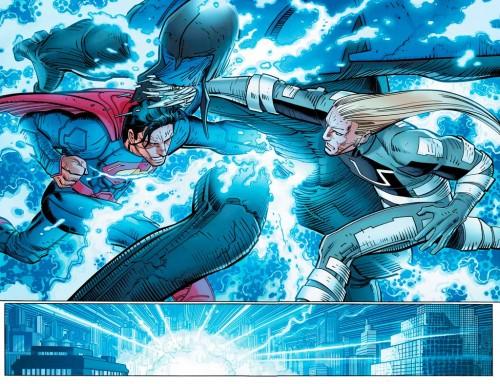 Superman y Ulises frente al enemigo.