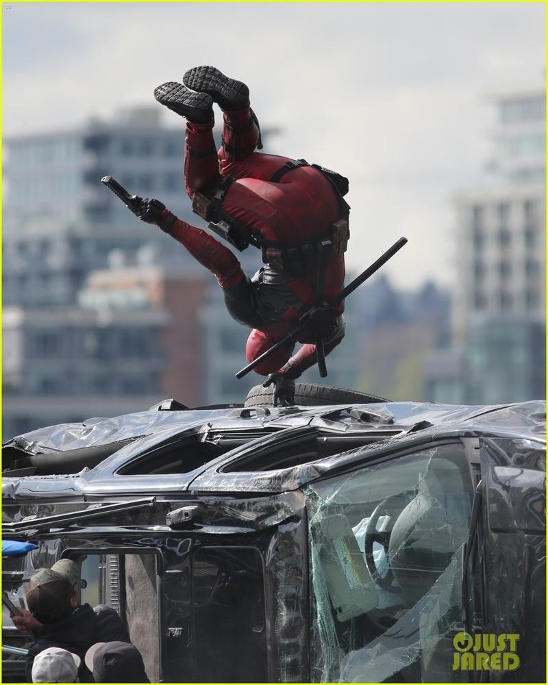 ryan-reynolds-deadpool-1