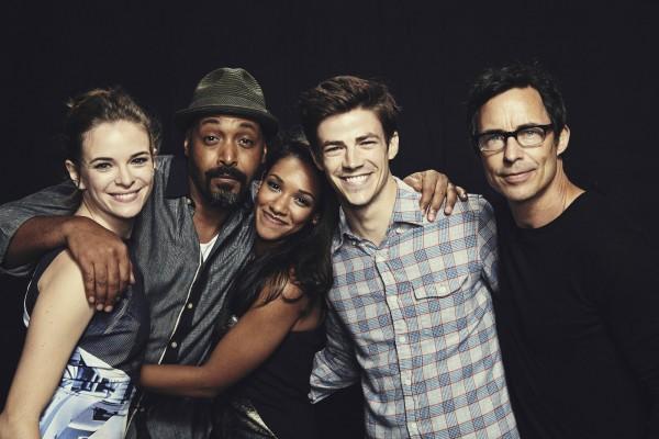 El reparto de The Flash se asomará a nuestras pantallas a partir del lunes