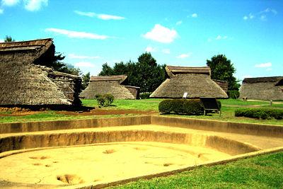Recreación de un poblado del período Yayoi en Yoshinogari.