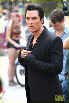 matthew-mcconaughey-dark-tower-3
