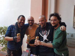 David Rubín, Loris Z., Renzo Podestá y Mariano Abrach brindando por la historieta (Foto: Loris Z.)
