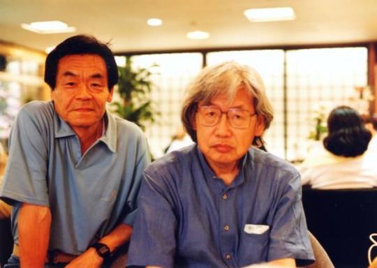 Masahiko Matsumoto (derecha) com Yoshihiro Tatsumi en el año 2000.