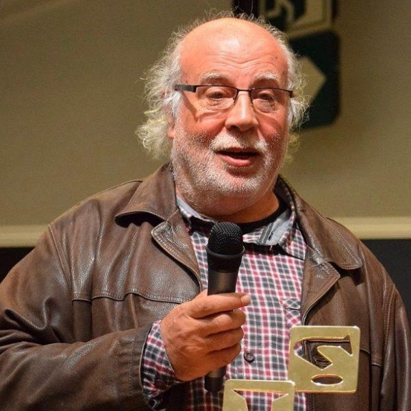 Josep María Martin Sauri recogiendo el Gran premio del Salón de Barcelona